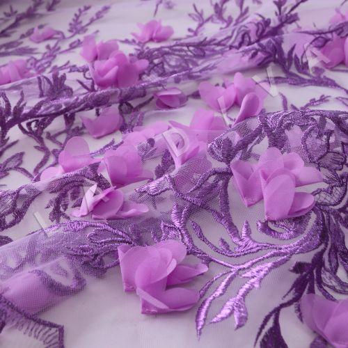 Вышивка на сетке  c 3D цветами