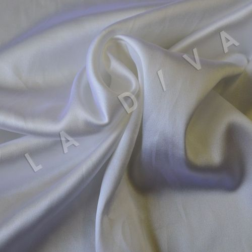 Однотонный шелк белого цвета