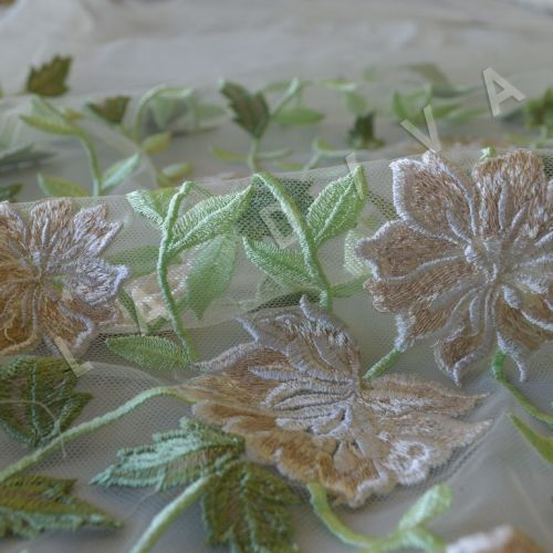 "Праздничная вышивка на сетке ""Цветы"""