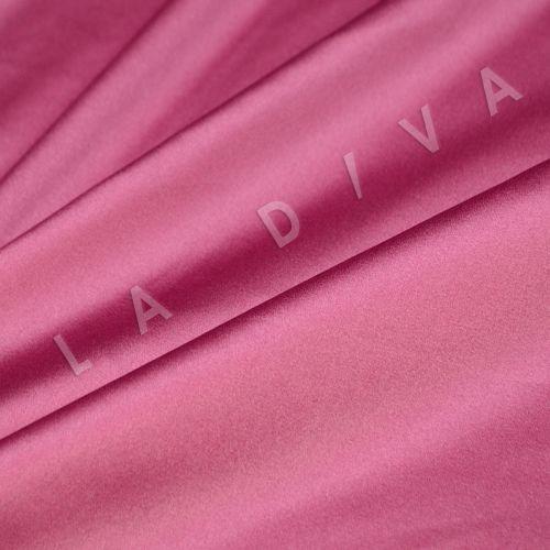 Атласный шелк розового цвета
