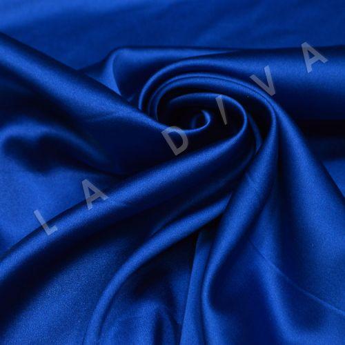 Атласный шелк  цвета синего цвета