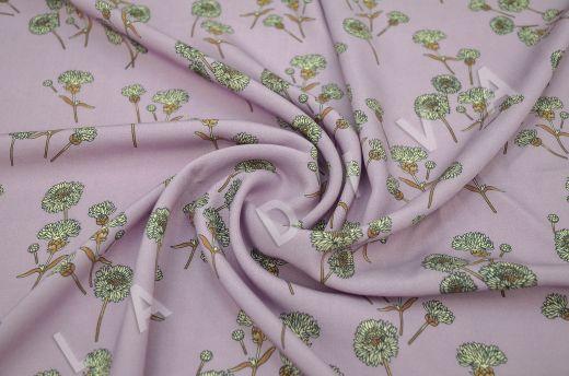 штапель вискоза с цветочным принтом на розовом фоне