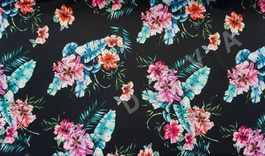 дизайнерский сорочечный хлопок с цветочным принтом на черном фоне