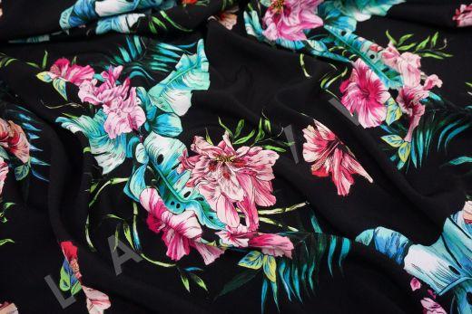 плательный креп с цветочным принтом на черном фоне рис-4