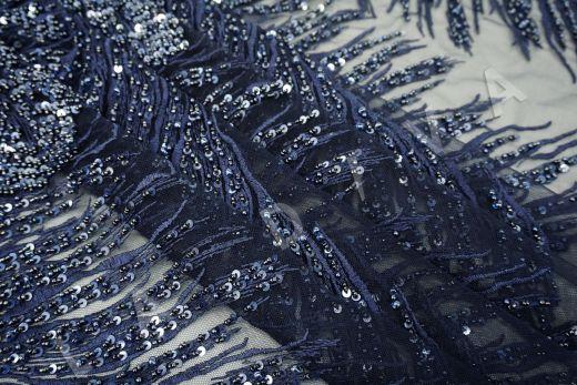 вышивка на сетке с с бисером синего цвета рис-4