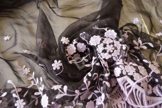 Оригинальная вышивка на шелковом креш-шифоне рис-2