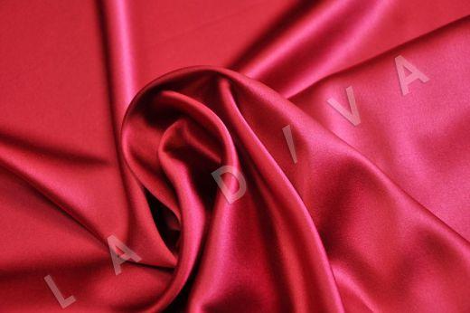 Однотонный шелк малинового цвета