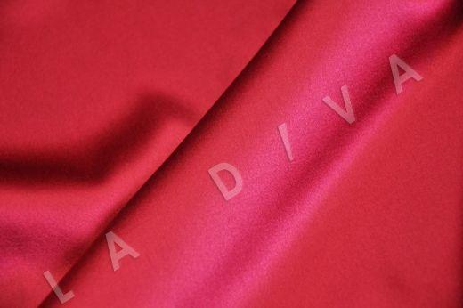 Атласный шелк малинового цвета рис-3