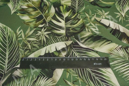 атласный шелк по мотивам DG на зеленом фоне рис-2