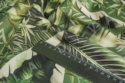 атласный шелк по мотивам DG на зеленом фоне рис-3