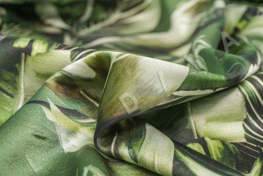 атласный шелк по мотивам DG на зеленом фоне рис-6