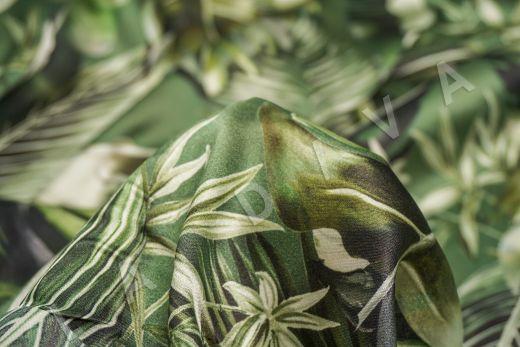 атласный шелк по мотивам DG на зеленом фоне рис-7