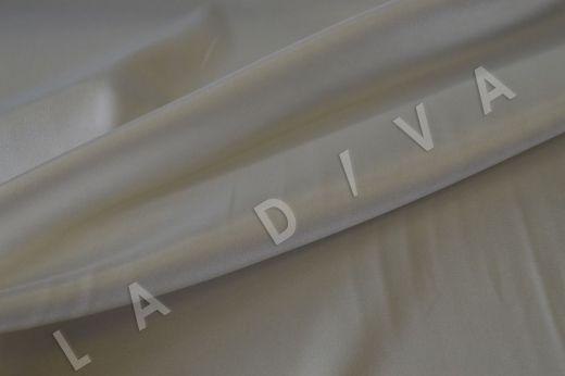 Однотонный атлас белого цвета  рис-3