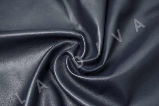экокожа на костюмной основе темно-синего цвета