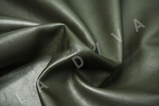экокожа на костюмной основе темно-зеленого цвета  рис-2