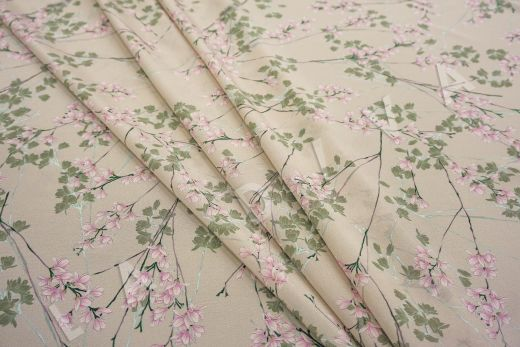 шелковый крепдешин с цветочным принтом