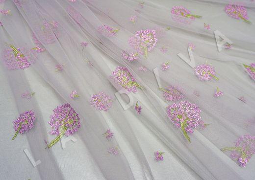 вышивка на сетке «Одуванчики» белого цвета