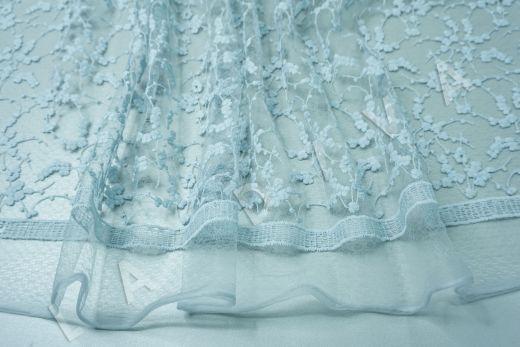 вышивка на сетке с цветочным орнаментом голубого цвета рис-6