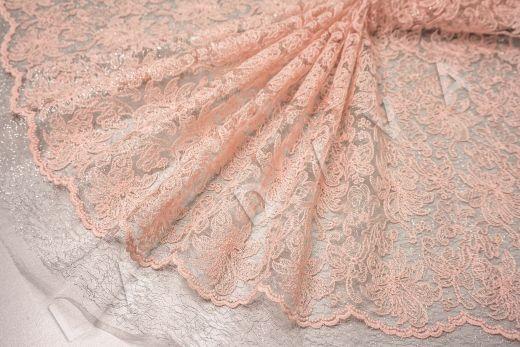 вышивка на сетке с цветочным орнаментом розового цвета рис-5
