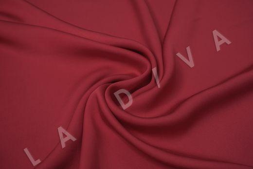 Вискоза плательно-костюмная вишневого цвета