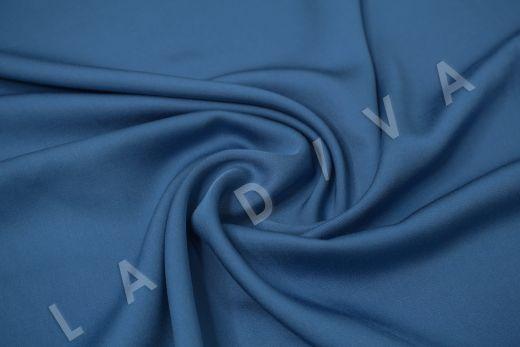 Вискоза плательно-костюмная синего цвета