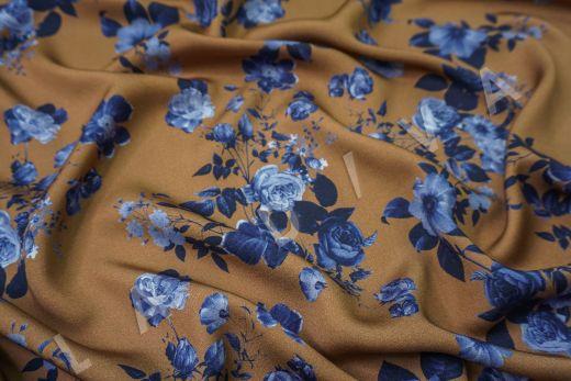 Вискоза плательная с цветочным принтом