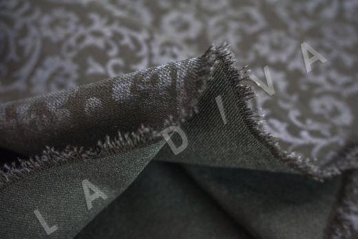 костюмный джинс с принтом на черном фоне рис-4