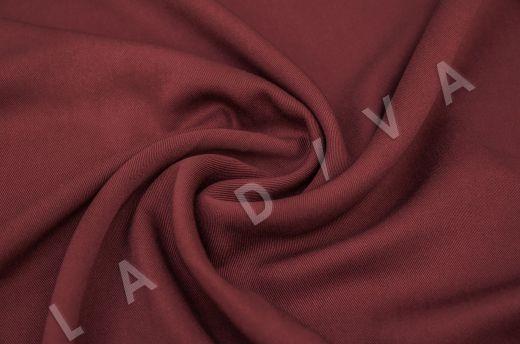 костюмная вискоза твилового плетения бордового цвета
