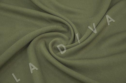 костюмная вискоза твилового плетения зеленого цвета