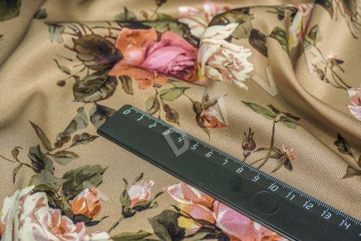 атласный шелк «Розы» на бежевом фоне рис-3