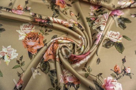 атласный шелк «Розы» на бежевом фоне рис-4