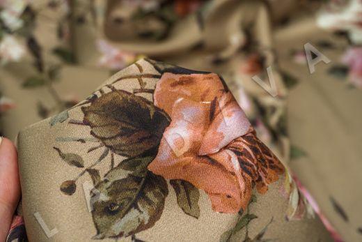 атласный шелк «Розы» на бежевом фоне рис-7
