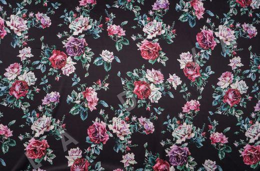 атласный шелк «Розы» на черном фоне