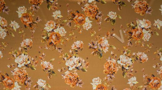 атласный шелк «Розы» на терракотовом фоне