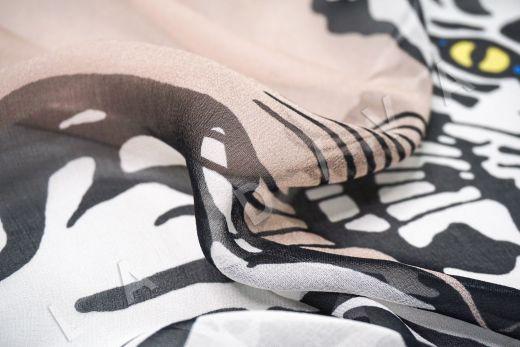 шелковый шифон «Тигры» по мотивам Valentino на бежевом фоне рис-3