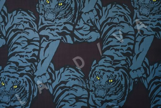 вискоза кади «Тигры» по мотивам Valentino на бордовом фоне рис-2