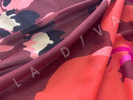 шелковый батист с крупным принтом на бордовом фоне рис-3