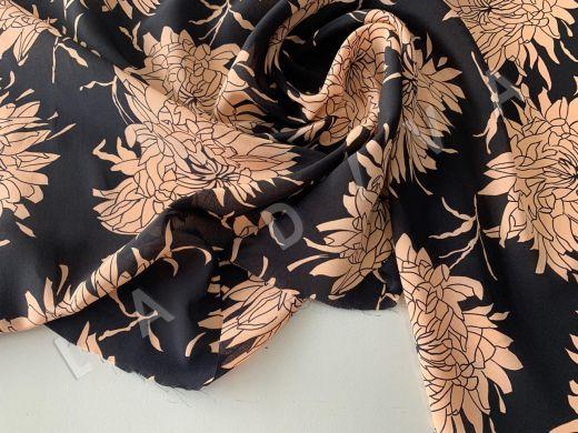 шелк с цветочным принтом на черном фоне рис-3