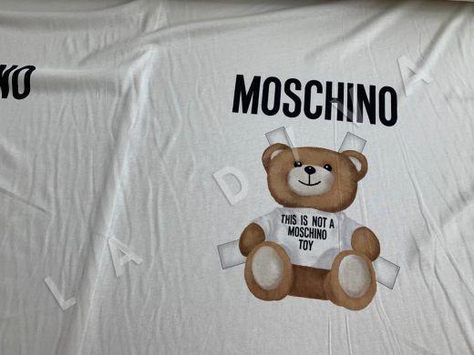 трикотажное полотно Moschino на белом фоне рис-2