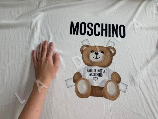 трикотажное полотно Moschino на белом фоне рис-3