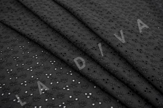 Шитье черного цвета с цветочной вышивкой рис-3
