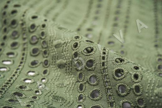 Шитье серо-зеленого цвета с геометрической вышивкой рис-4
